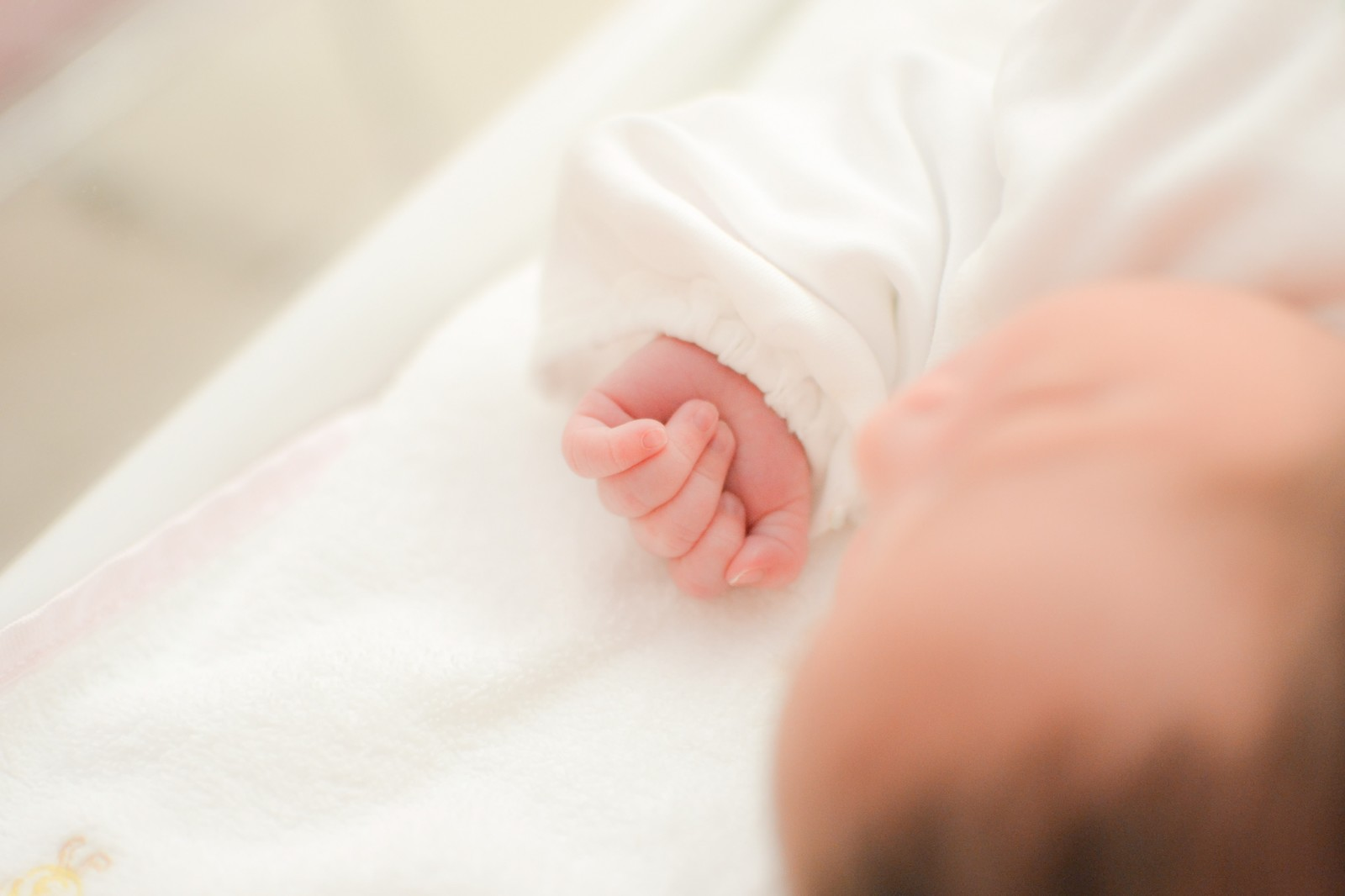 出産準備品…意外と必要ないかも?ベビー服の購入は慎重に