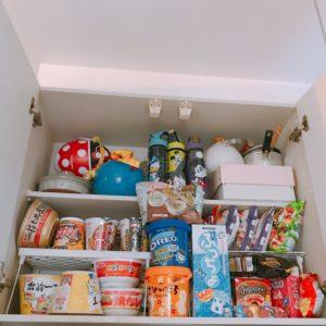 キッチンの吊戸棚収納見直し 高い位置でも取り出しやすく