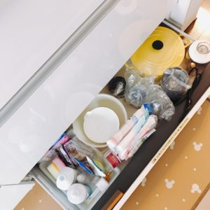 キッチンシンク下収納と床下収納 もうぐちゃぐちゃにさせない